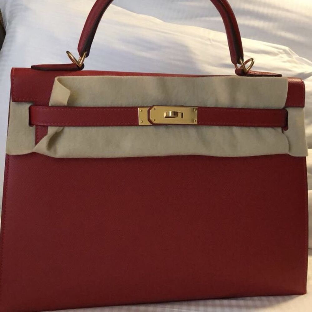 Hermès Kelly 32 Rouge Casaque Sellier Epsom Gold Hardware GHW C Stamp 2018 <!30178268> <!SOLD> - The French Hunter