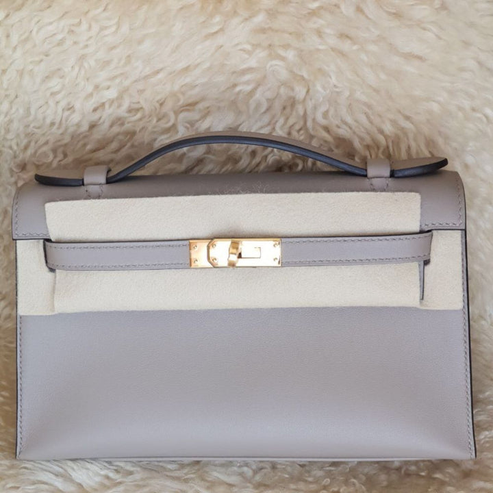 Hermès Kelly Pochette Gris Asphalte Swift Gold Hardware GHW C Stamp 2018 <!30253973> - The French Hunter