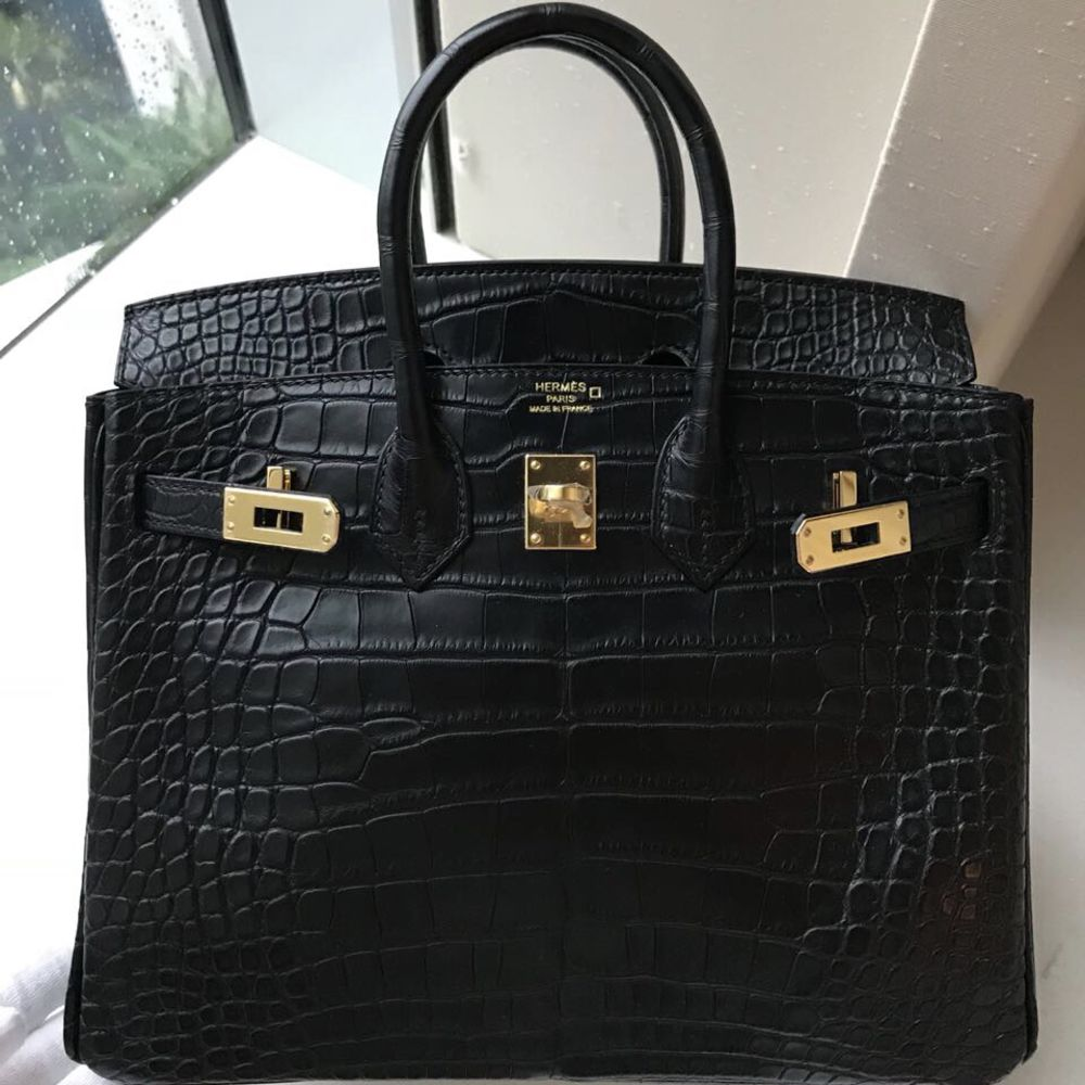 Hermès Birkin 25 Noir (Black) Alligator Mississippi Matte Gold Hardware GHW C Stamp 2018 <!30351712> - The French Hunter