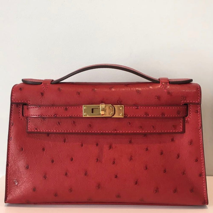Hermès Kelly Pochette Rouge Vif Ostrich Gold Hardware GHW A Stamp 2017 <!30379623> - The French Hunter