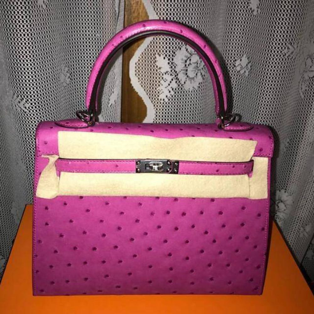 Hermès Kelly 25 Rose Pourpre Sellier Ostrich Palladium Hardware PHW C Stamp 2018 <!30910463> - The French Hunter