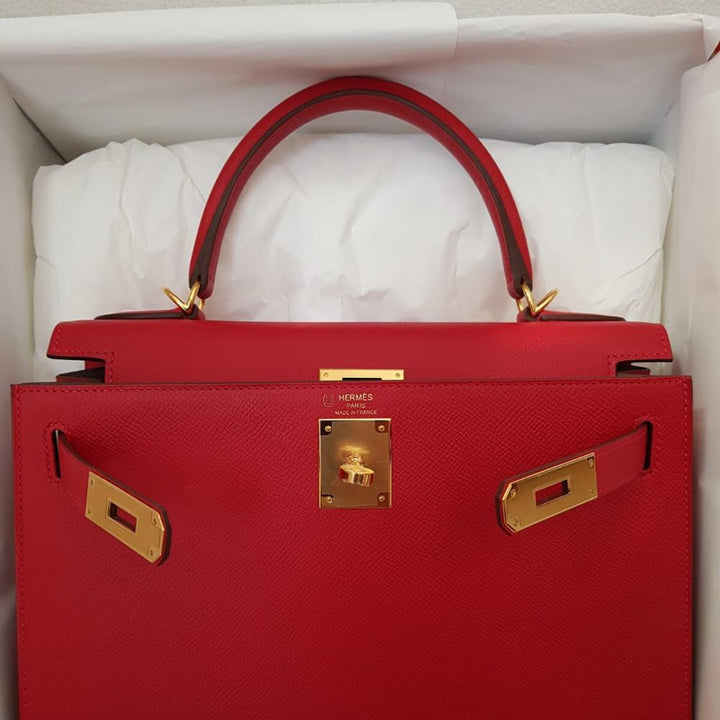 Hermès Kelly HSS 28 Rouge Casaque/Etoupe Sellier Epsom Brushed Gold Hardware BGHW C Stamp 2018 <!30968288> - The French Hunter