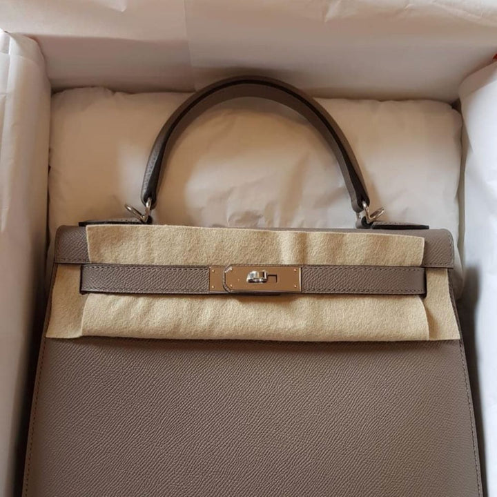 Hermès Kelly 28 Gris Asphalte Sellier Epsom Palladium Hardware PHW C Stamp 2018 - The French Hunter