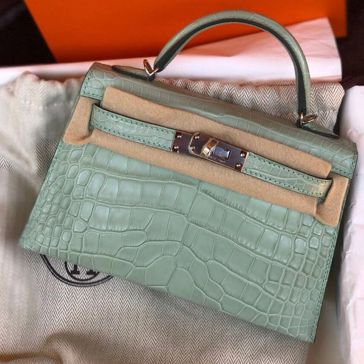 Hermès Kelly 20 Vert d'eau Sellier Alligator Mississippi Matte Palladium Hardware PHW C Stamp 2018 - The French Hunter