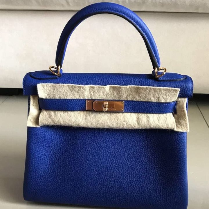 Hermès Kelly 28 Bleu Electrique Togo Gold Hardware GHW T Stamp 2015 - The French Hunter