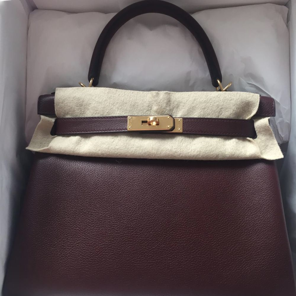 Hermès Kelly 28 Bordeaux Evercolor Gold Hardware GHW A Stamp 2017 - The French Hunter