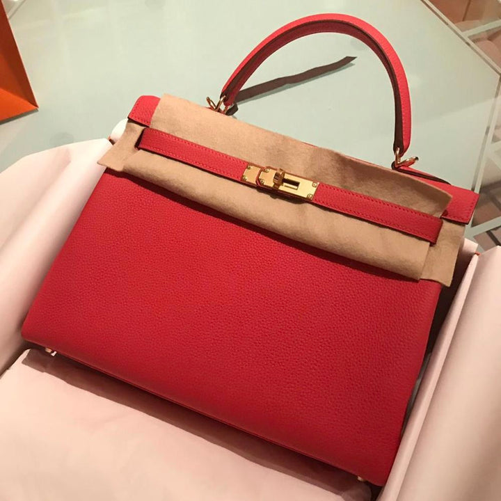 Hermès Kelly 32 Rouge Pivoine Togo Gold Hardware GHW C Stamp 2018 - The French Hunter