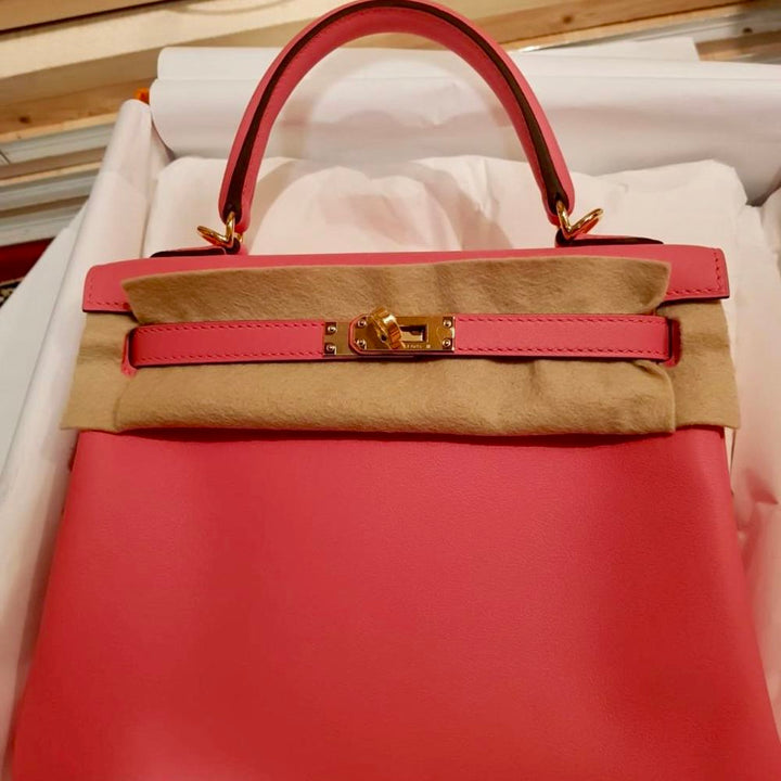 d1ed67caf043 Hermès Kelly 25 Rose Azalee Swift Gold Hardware GHW C Stamp 2018 ...