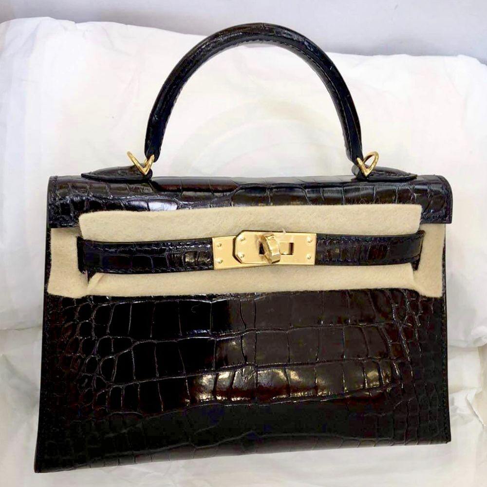 Hermès Kelly 20 Noir (Black) Sellier Alligator Mississippi Lisse Gold Hardware GHW