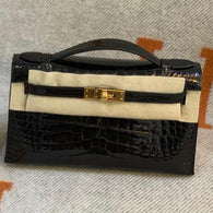 Hermès Kelly Pochette Noir (Black) Alligator Mississippi Lisse Gold Hardware GHW C Stamp 2018