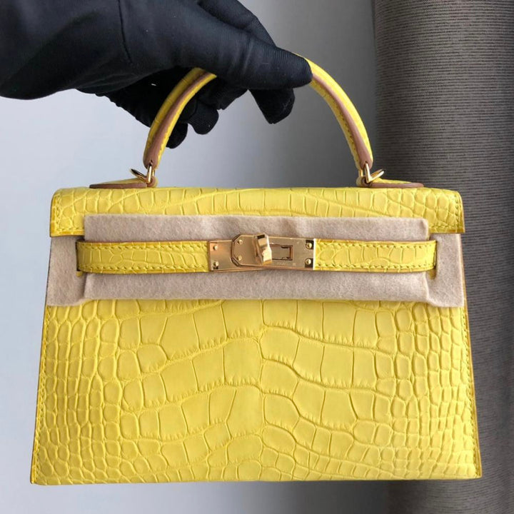 Hermès Kelly 20 Mimosa Sellier Alligator Mississippi Matte Gold Hardware GHW D Stamp 2019