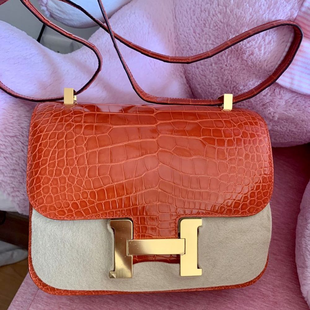 Hermès Constance 24 Orange Poppy Alligator Mississippi Lisse Gold Hardware GHW