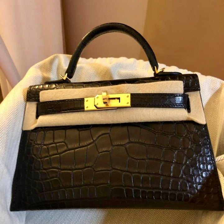 Hermès Kelly 20 Noir (Black) Sellier Alligator Mississippi Matte Gold Hardware GHW