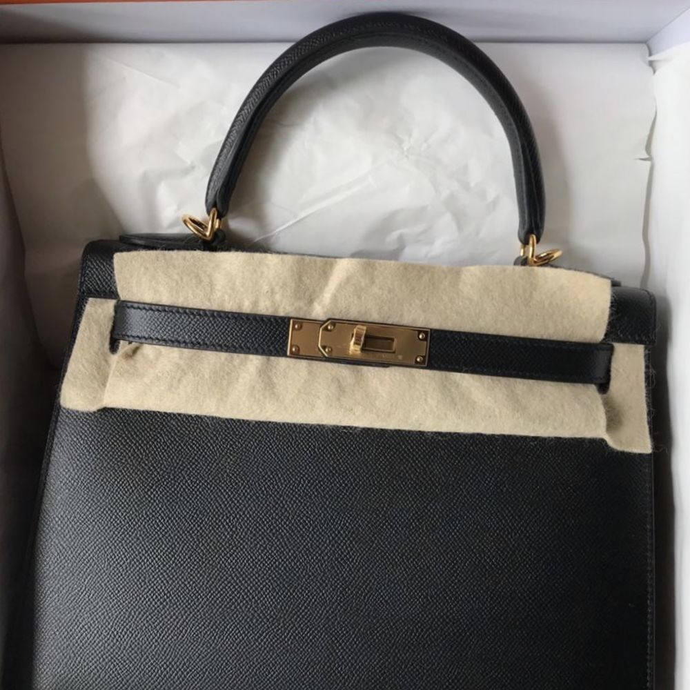 Hermès Kelly 28 Noir (Black) Sellier Epsom Gold Hardware GHW