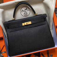Hermès Kelly 32 Noir (Black) Togo Gold Hardware GHW