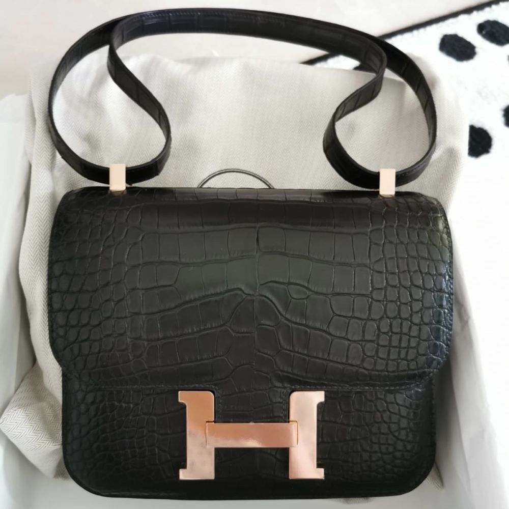 Hermès Constance 24 Noir (Black) Alligator Mississippi Matte Rose Gold Hardware RGHW