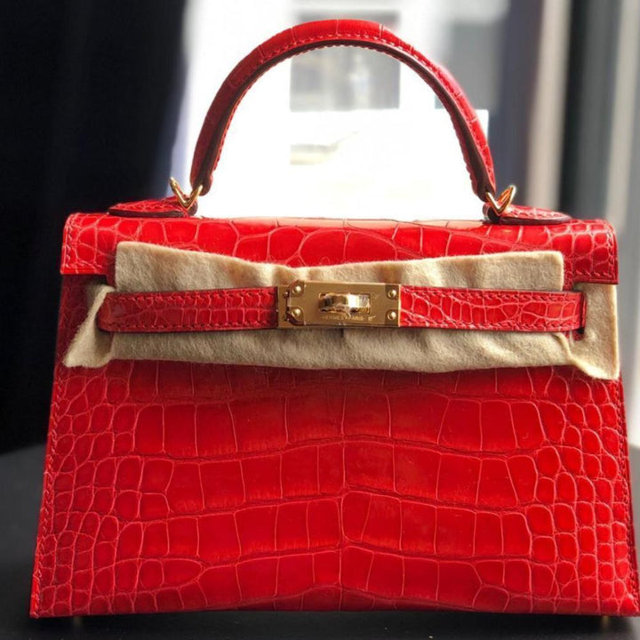 Hermès Kelly 20 Rouge de Coeur Sellier Alligator Mississippi Lisse Gold Hardware GHW
