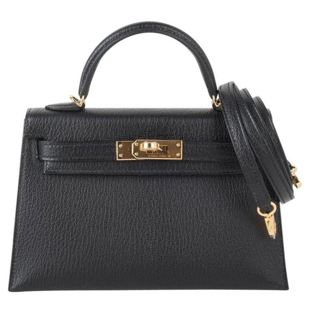 Hermès Kelly 20 Noir (Black) Sellier Chevre Mysore Gold Hardware GHW