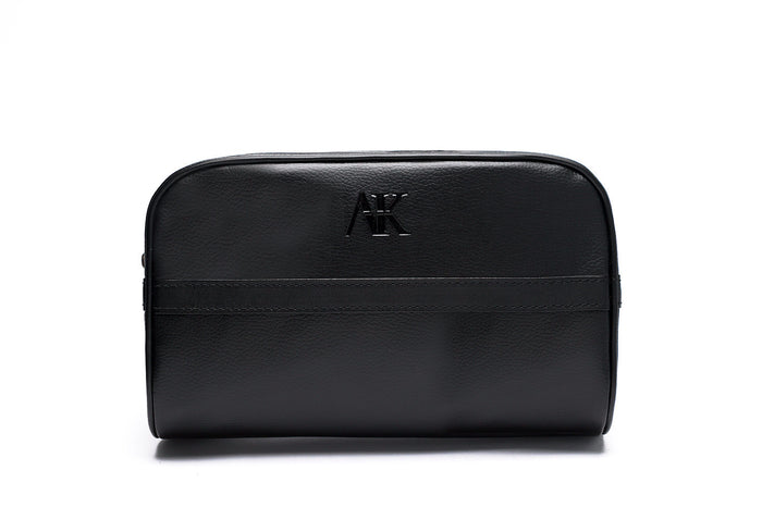 front angle of mens dopp kit