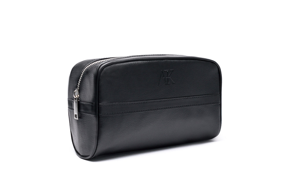 side angle of mens dopp kit