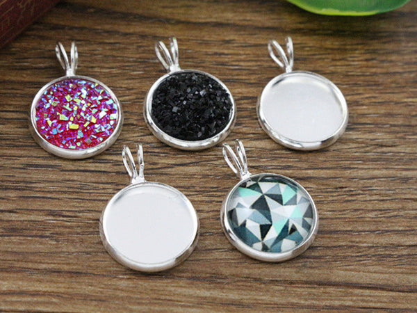 16pcs 12mm Inner Size Silver Plated Brass Material Simple Style Cabochon Base Cameo Setting Charms Pendant Tray (A1-08)