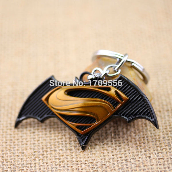 Movie Series Keyring Superhero Superman VS Batman Fashion Pendant Keychain 2 Colors