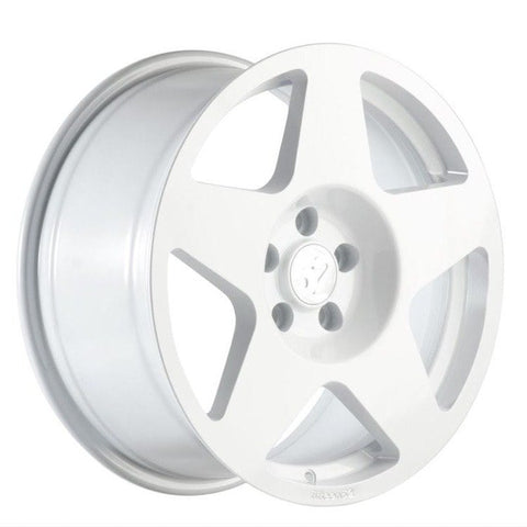 fifteen52 Tarmac - Rally White | Offered by CedarPerformance