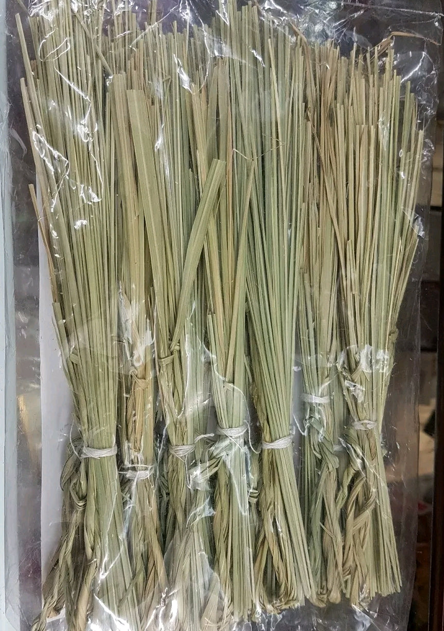 कुश Kush . Bunch of KUSHA GRASS or DARBHA for Puja