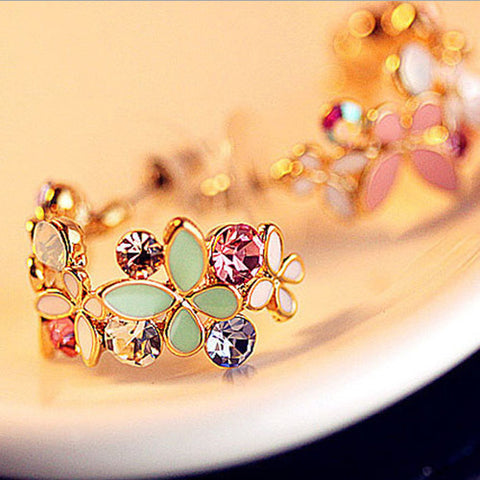 1 Pair Elegant Flower Crystal Rhinestone Stud Earrings - Divine Blu