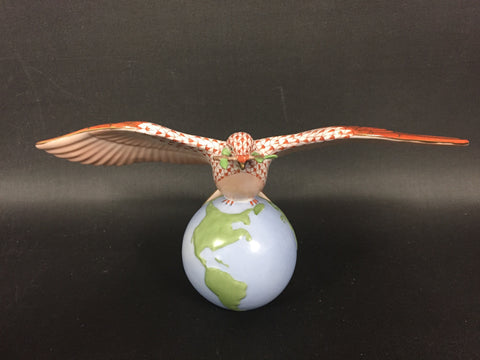 Peace Dove Figurine in Herend's Signature Fishnet Pattern