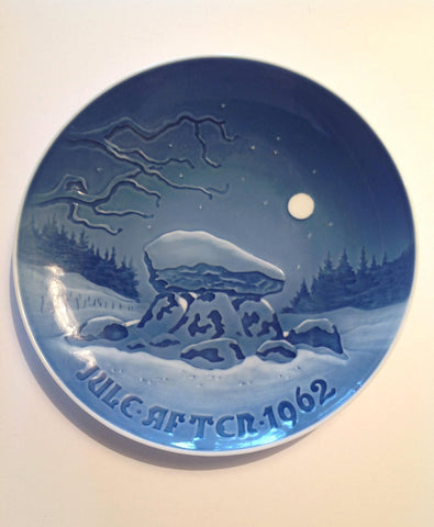 Bing & Grondahl 1962 Jule After Christmas Plate