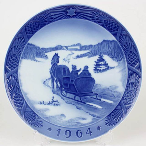 1964 Royal Copenhagen Limited Edition Christmas Plate