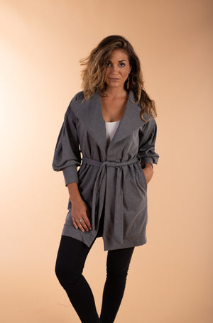 midlenght grey jacket with pockets
