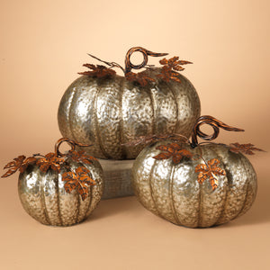 Assorted Sized Hammered Metal Pumpkins (Set of 3)