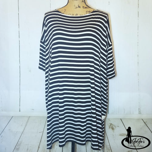 Oversized Nautical Top Plus