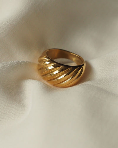 18k Gold Plated - Croissant Ring