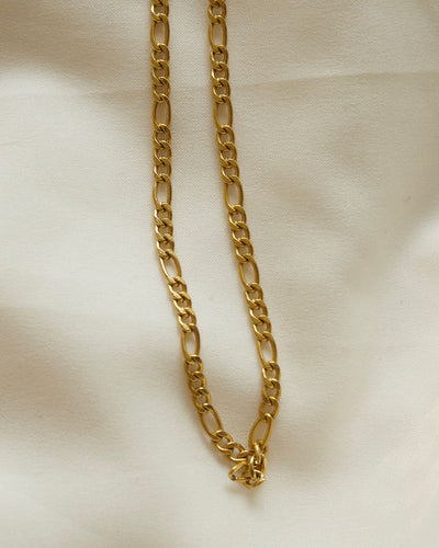 18K gold plated - Figaro Chain