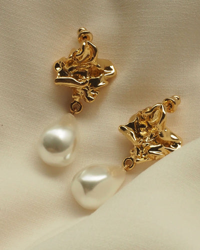 18k Gold Plated - Yves Statement Gold Earrings