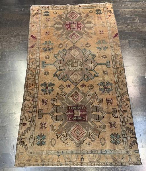 "3'6"" x 6'5"" Vintage Turkish Oushak"