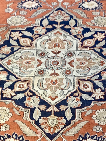 "8'9"" x 12' Gorgeous Antique Heriz Large Area Rug"