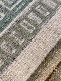 "7'9"" x 9'9"" Hand Weaved Contemporary Venice Collection Area Rug"