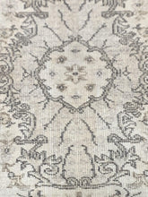"Load image into Gallery viewer, 3'8"" x 6'6"" Vintage Turkish Oushak - Online Oriental Rugs"