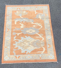 Load image into Gallery viewer, 4' x6' Brand new soft coloured Oushaks - Online Oriental Rugs