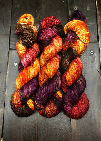 Harvest Moon-Temptress DK-Ready to Ship