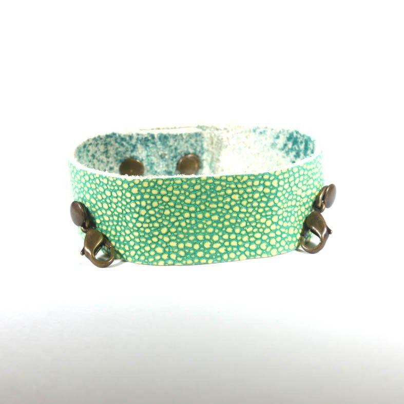 Thin Leather Cuff Grass/Brass