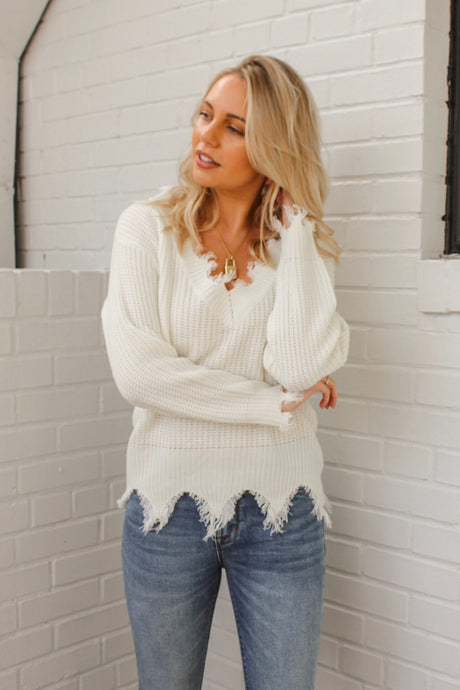 Hayden Frayed Sweater – White