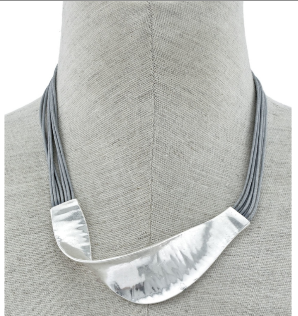 Waved Metal Necklace
