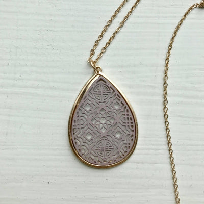 Dainty Filigree Necklace -Brown