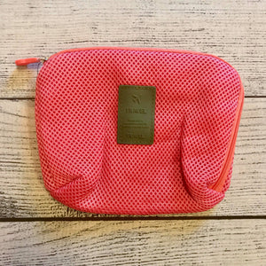 Electronic Travel Pouch