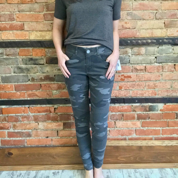 AbSoulution Grey Camo Jegging